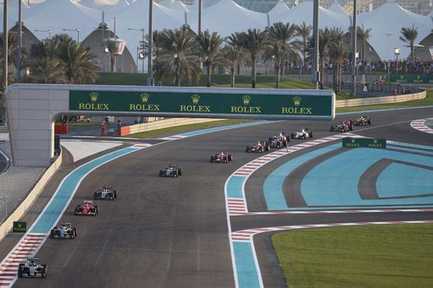 Primeira volta do GP de Abu Dhabi de 2015