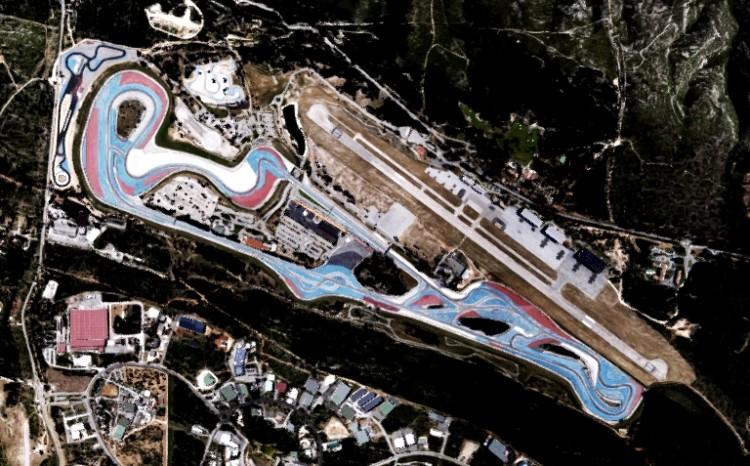 O circuito de Paul Ricard; com exceção do S da Verrière e a chicane da reta oposta, o traçado externo é o mesmo utilizado pela F-1 até 1985 (Google Earth)